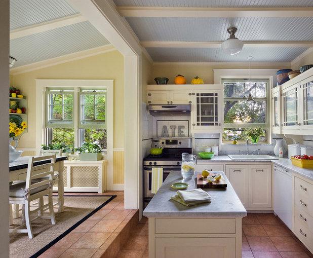 Traditional Kitchen by Francis Dzikowski Photography Inc.