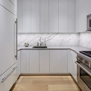 75 Beautiful Small Modern Kitchen Pictures Ideas Houzz