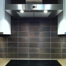 Modern Kitchen by Sixzero6 Design