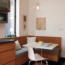 Modern Kitchen by Kiki Dennis Interiors, Inc.