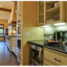 Traditional Kitchen by Nobility Homes, Inc.