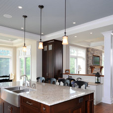 Craftsman Kitchen by Chuck Mills Residential Design & Development Inc.