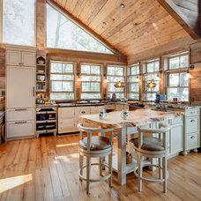 Rustic Kitchen by Davisville Kitchens