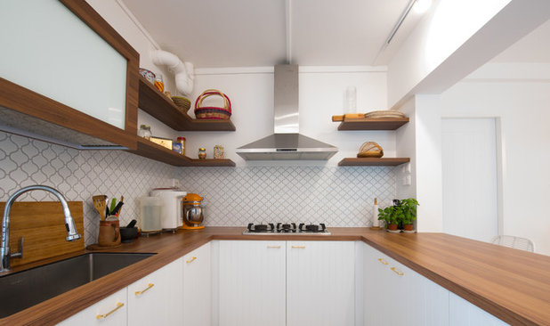 Contemporary Kitchen by Free Space Intent