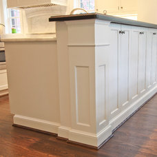 Traditional Kitchen by Classic Kitchens of Virginia