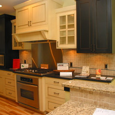 Contemporary Kitchen by Patrick Murphy Builders, LLC
