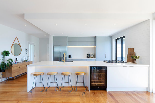 Moderno Cucina by Design House Architecture