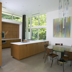 modern kitchen by SPG Architects