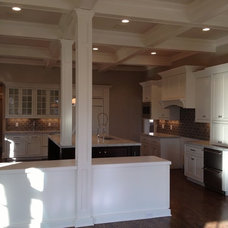 Traditional Kitchen by Terhaar Builders LLC.