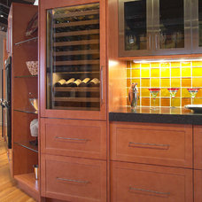 Contemporary Kitchen by Clarke Appliance Showrooms