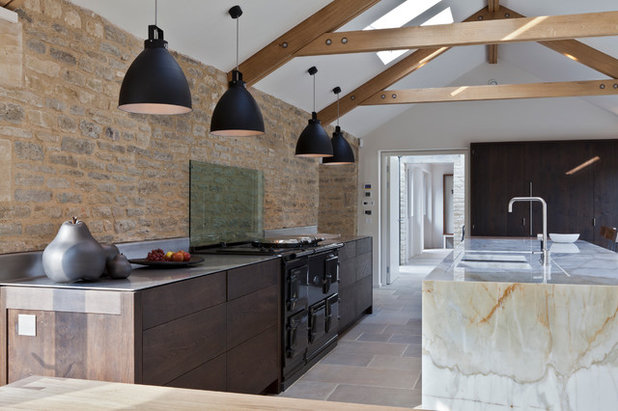 Country Kitchen by Clifton Interiors Ltd