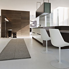 modern kitchen by Pedini Kitchens