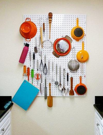 Pareti della cucina in ordine ecco come organizzarle for Gli utensili di cucina