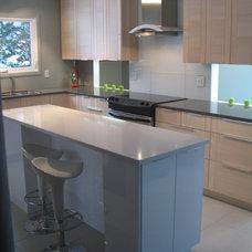 Modern Kitchen by 7j DESIGN