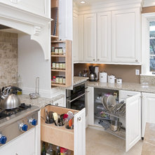 Kitchen Cabinet Special Features An Ideabook By Bbruno2