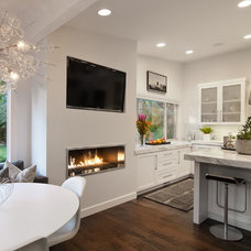Contemporary Kitchen by Marvin Jensen @ Windermere Real Estate