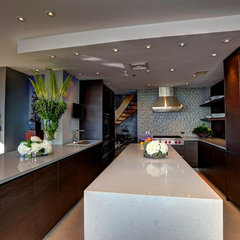 contemporary kitchen by Clark Gaynor Interiors