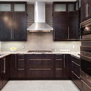 Inspiration for a transitional kitchen remodel in Ottawa