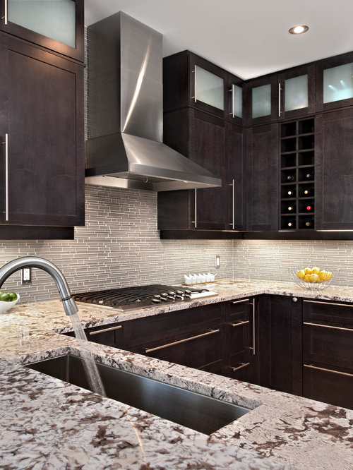 Transitional Kitchen Idea In Ottawa