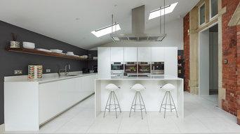 Period drama - White gloss kitchen