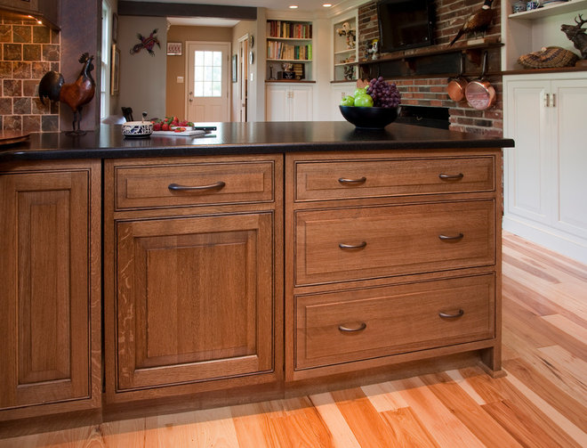 Quarter Sawn White Oak Cabinets Hickory Floor