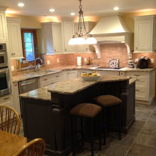 Contemporary Kitchen Cabinetry by Kitchen Design Plus