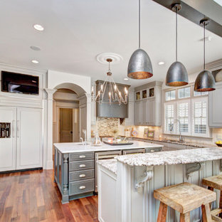 75 Beautiful Traditional Kitchen Pictures Ideas December 2020 Houzz