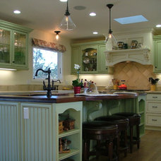 Traditional Kitchen by Kenneth P Munson - Architect