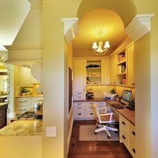 Traditional Kitchen by Bill Daniels . Designer    WR Daniels design Corp