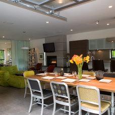 Modern Kitchen by PLACE architect ltd.