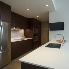 Contemporary Kitchen by Intexure Architects