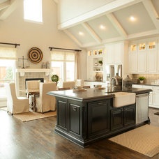 Traditional Kitchen by Shaddock Homes