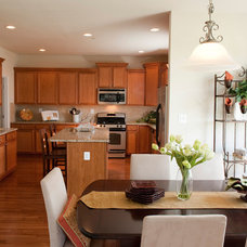 Traditional Kitchen by Larry Canner Photography