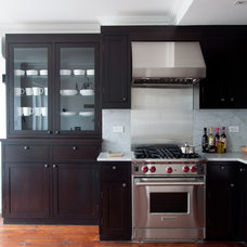 Contemporary Kitchen by fortunata LIVING