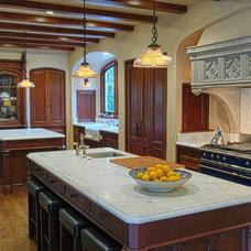 Traditional Kitchen by Nicole Benveniste Interior Design