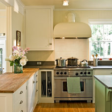traditional kitchen by Whitten Architects