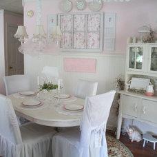 Traditional Kitchen Pink Kitchen