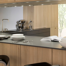 Modern Kitchen by Leicht Kitchens Boston -- Made in Germany