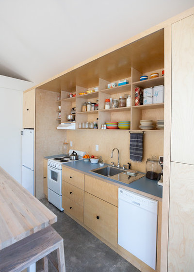Contemporary Kitchen by TaylorSmith Sustainable Construction