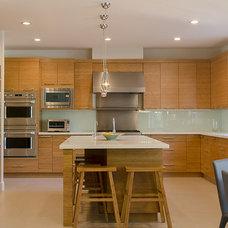 Contemporary Kitchen by Genesis Kitchens & Design