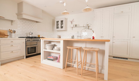 Kitchen of the Week: A Calm, Light, Shaker-style Family Room
