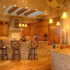 Mediterranean Kitchen by Sterling Custom Homes