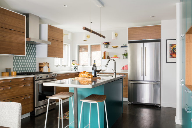 Contemporary Kitchen by Honeycomb Design + Build, LLC