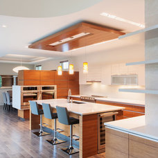 Contemporary Kitchen by Christopher Simmonds Architect