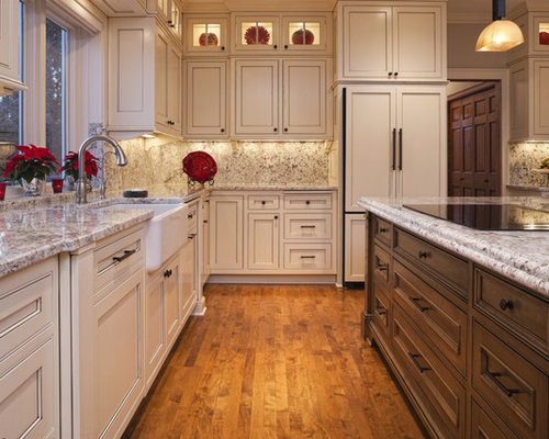 Best Poplar Cabinets Design Ideas & Remodel Pictures | Houzz