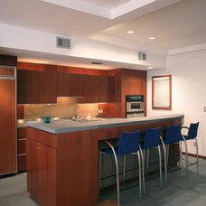 Modern Kitchen by PMWArchitects