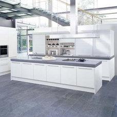 Modern Kitchen by poggenpohl.de