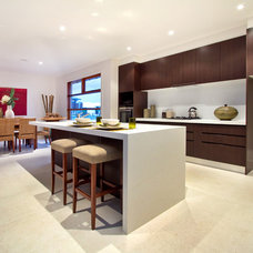 Tropical Kitchen by Melbourne Contemporary Kitchens