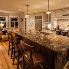 Traditional Kitchen by Reid Developments Ltd