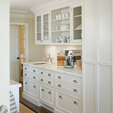 Traditional Kitchen by Studio Stratton Inc